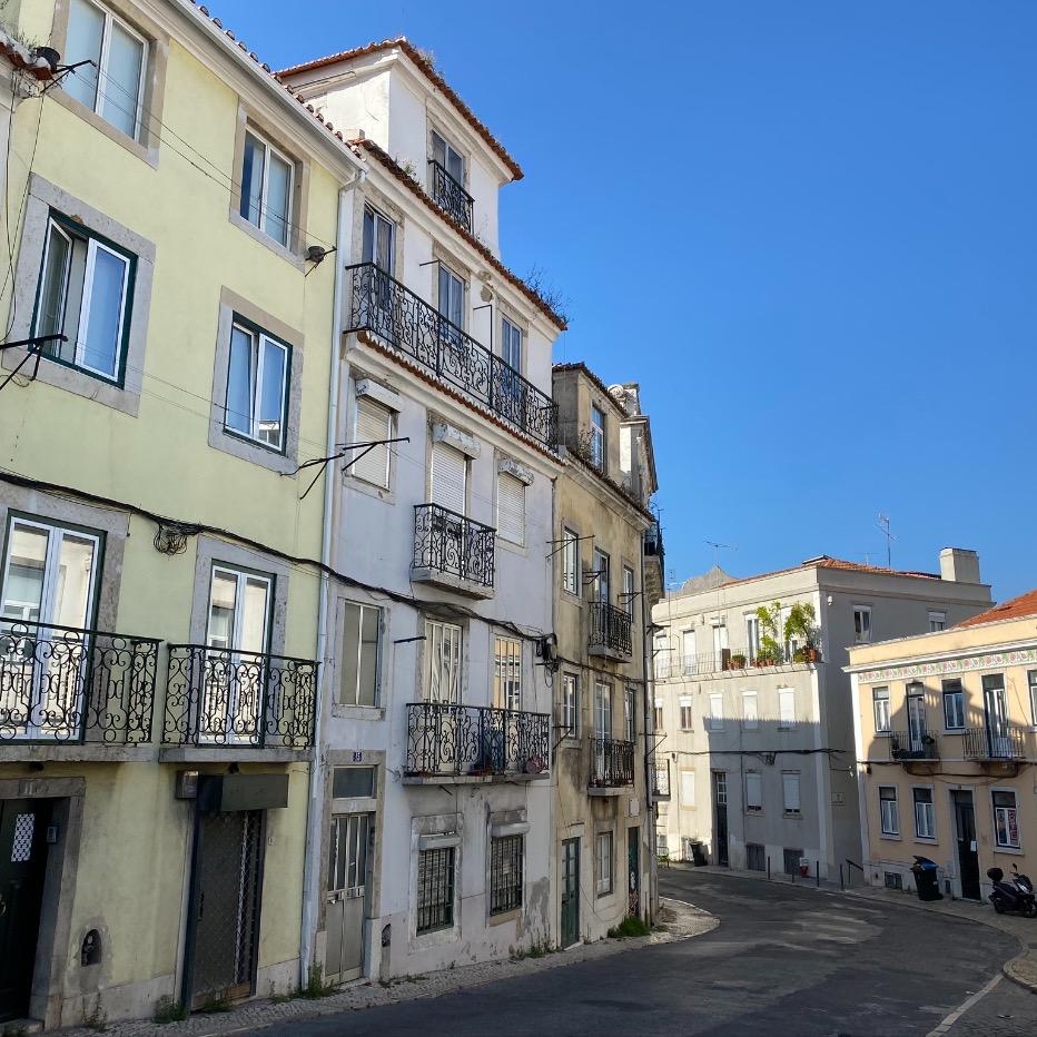 Housing Building - Rua do Mirante, Lisbon