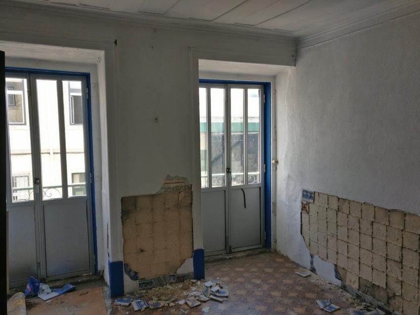 Edifício de Habitação - Rua do Mirante